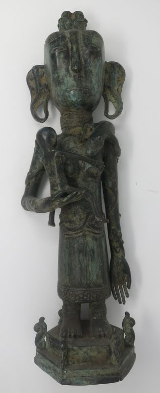 BRONZE STATUE TIMOR QUEEN WITH BABY AND LIZARD