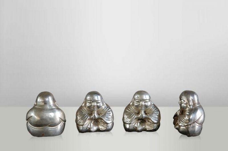 PRAYING BUDDHA       - DECOR ITEMS