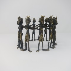 BRONZE FAMILY CIRCLE - BRONZE STATUES