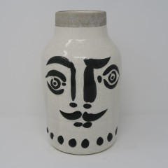 BLACK AND WHITE MAN FACE VASE