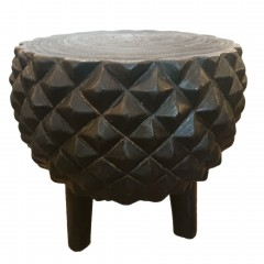MANGO WOOD SIDETABLE CARVED